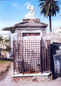 Bergamini Tomb before restoration, front view